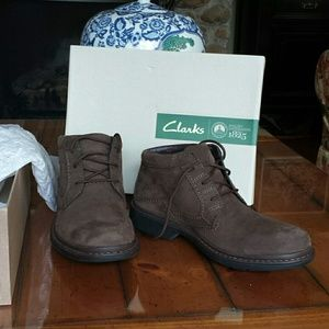 Clarks Mens Shoe/Boot Size 8